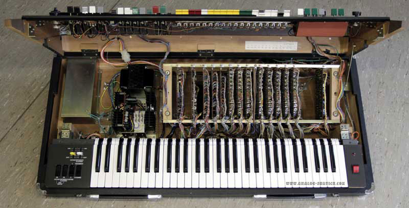 yamaha synthesizer cs60 innen
